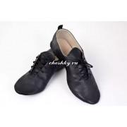Чешки на шнурках