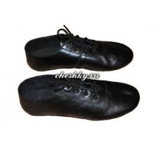 Чешки на шнурках чёрные с антискользящими вставками